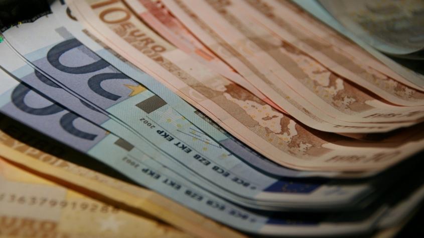 money_euros_finance_paper_notes_currency_exchange_bank-563308.jpgd_-845x475.jpeg