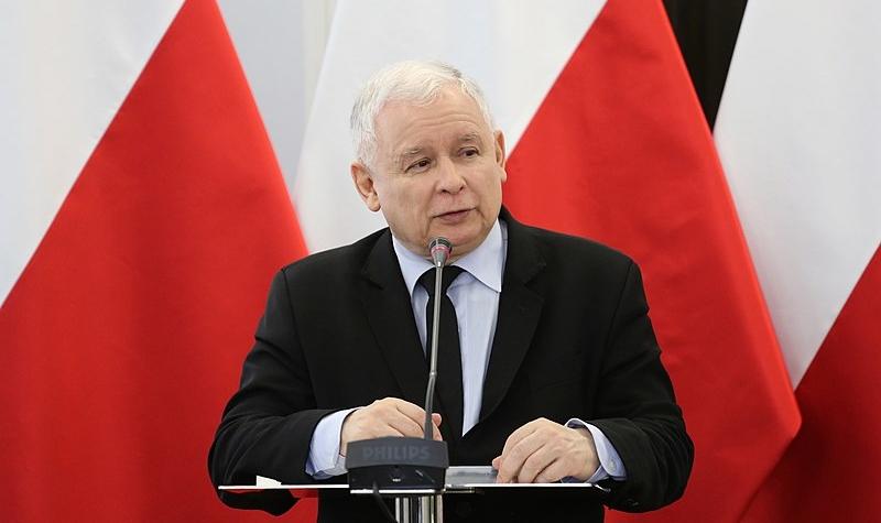 800px-jaroslaw_kaczynski_przemawia_na_konferencji_naukowej_konstytucja_solidarnosci-800x475.jpg