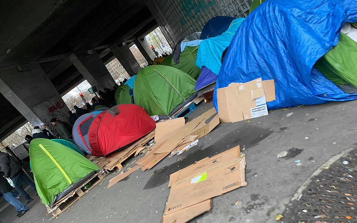 Migrants évacués de Paris : Melun devant le fait accompli... - Boulevard Voltaire
