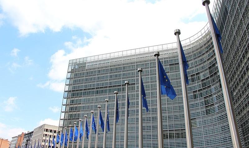 800px-bruxelles_-_commission_europeenne_berlaymont_23263673420-800x475.jpg