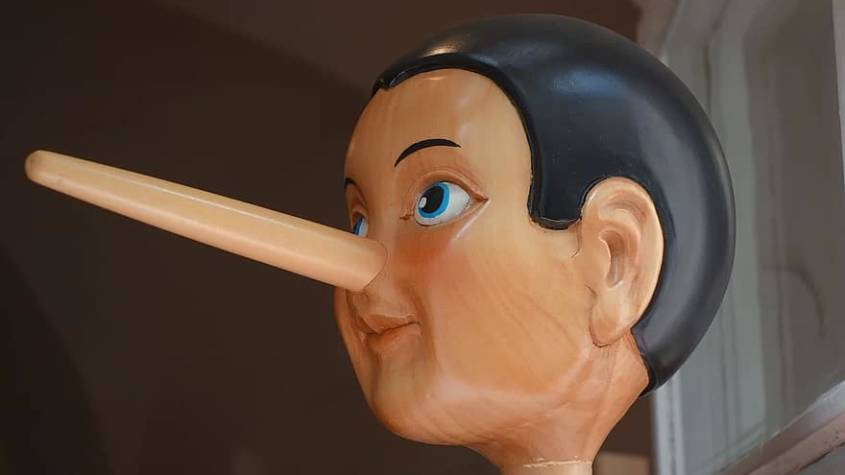 pinocchio-nose-lying-nose-long-lie-fairy-tales-doll-wood-doll-figure-845x475.jpg